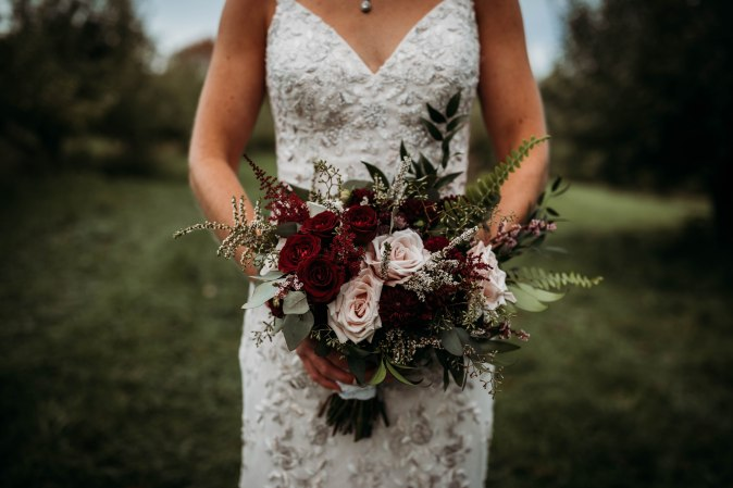 Maine Wedding Officiant - Gateway Celebrations | Thompson's Orchard Wedding | Photo by Brittany Fairfield Photography