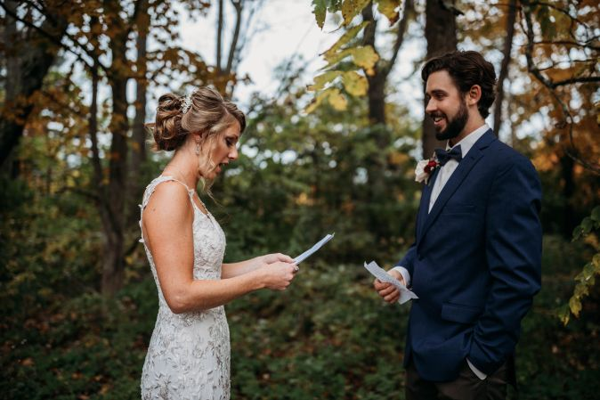 Writing your own personal vows + nail it on your big day!